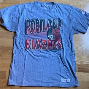 Mitchell and Ness Vintage Blazers Shirt L